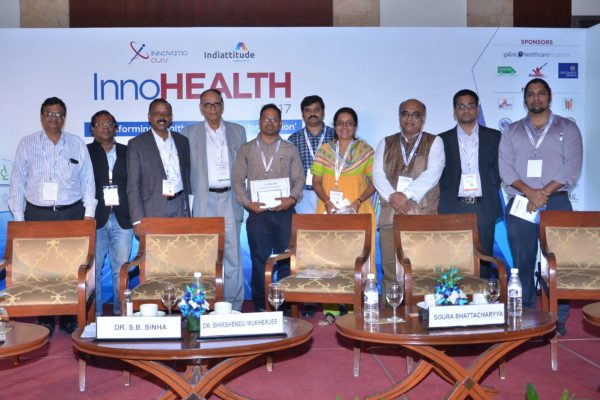 Group photo of jury and innovators at InnoHEALTH 2017