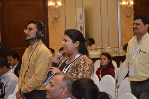 Attendee interacting with the panellists of session 4 at InnoHEALTH 2017