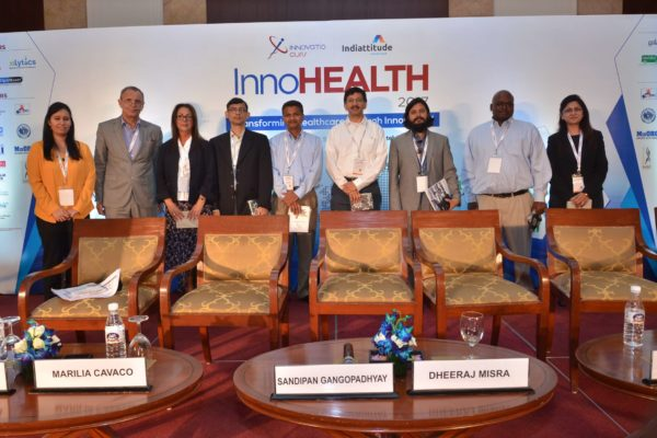 Group photo of panel from session 7 at InnoHEALTH 2017