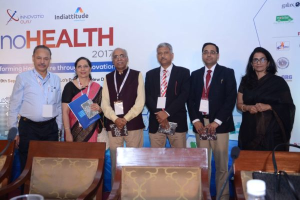 Speakers group photo post session 1 at InnoHEALTH 2017