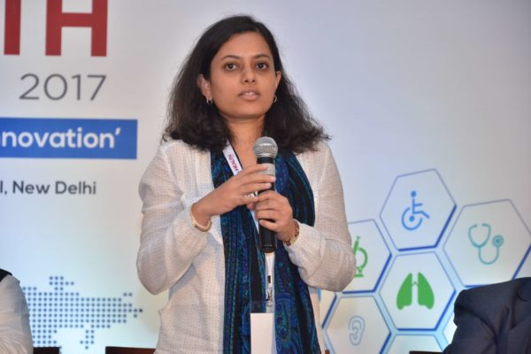 Dr Anjana Batni explaning Innovations in the Pharma sector at InnoHEALTH 2017