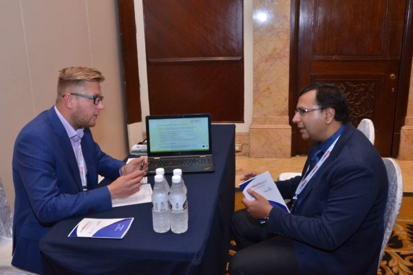 Priit Aigro from healBED interacting with Karthik Anantharaman at B2B meeting of InnoHEALTH 2017