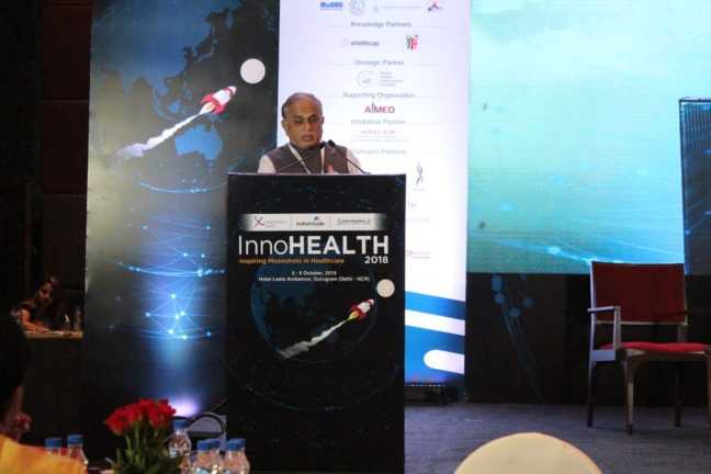 1. Ajit Rangnekar from RICH gives the keynote address at session 2 on Make in India opportunities - BioTech, medtech devices and future technologies at InnoHEALTH 2018