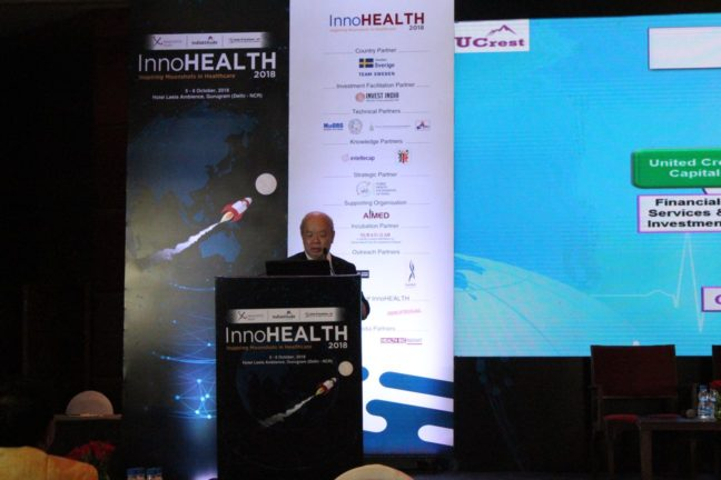 4. Kah Yee from UCrest speaks at InnoHEALTH 2018 session for Innovations in hospitals