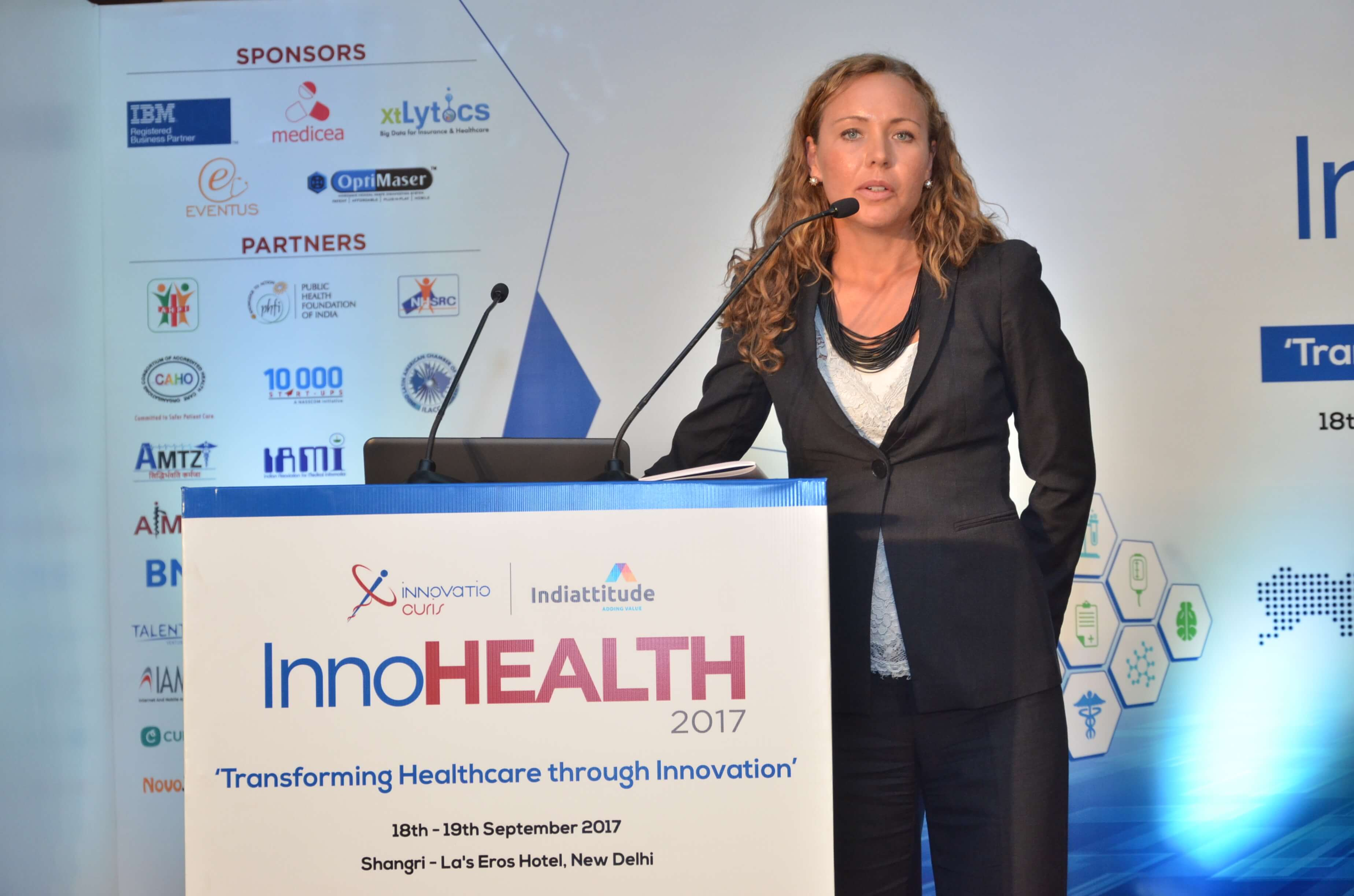12.-Caroline-Danielson-pitching-Renapharma-at-InnoHEALTH-2017